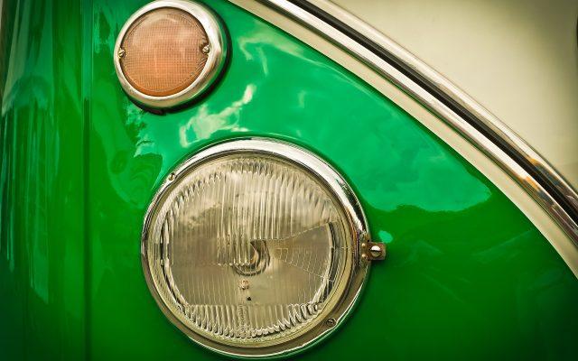 auto-1515455_1920