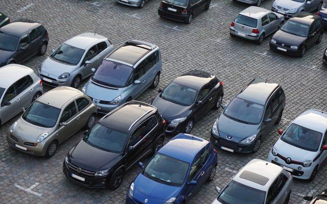 parking-825371_1920